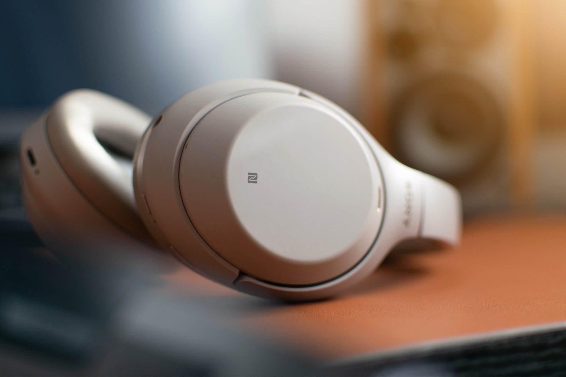 headphones-3